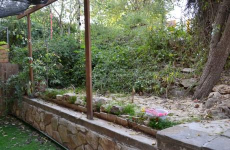 Charming Little garden apartment - Kiryat Ha'Yoval, 1,100,000 NIS