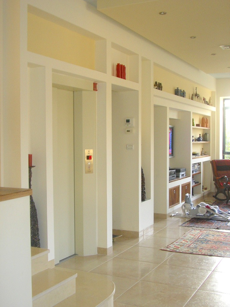 Luxurious houses and properties for sale in jerusalem baka for Indoor elevator